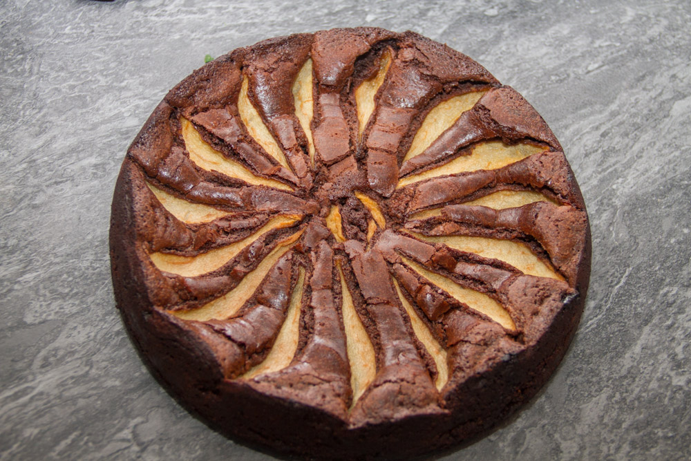 Chocolate, ginger and pear torte with hot chocolate sauce ...